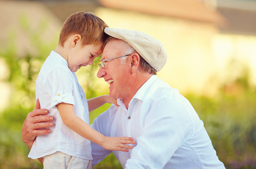 Playdates for Seniors and Toddlers Helps The Whole Community