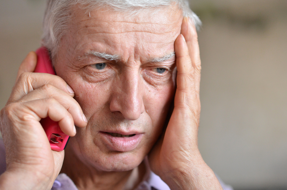 Landline vs. Cell phone: Which is Better For An Emergency?